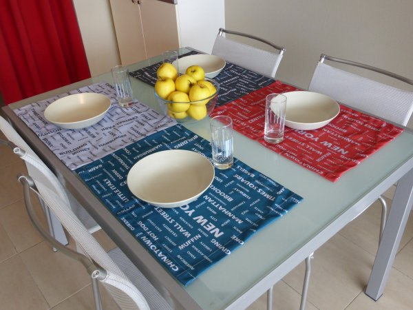 Set de table avec inscription de pr nom d co tissus le blog - Set de table definition ...
